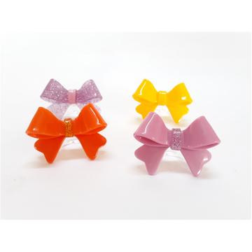 Anéis de acrílico lacinhos coloridos!