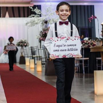 Plaquinhas para casamento - Lá vem a noiva