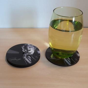 Porta-copos em MDF imitando disco vinyl