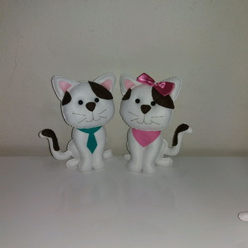 Gatos em feltro casal