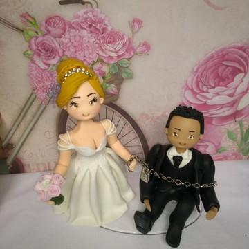 Topo de bolo de casamento personalizado em biscuit