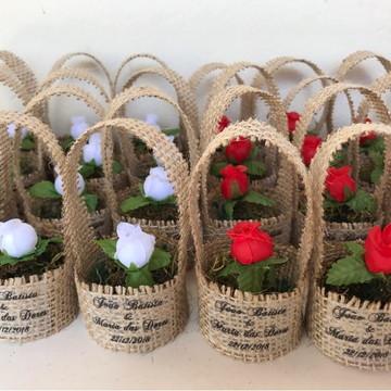 Mini Cestinho Juta com Flor Artificial Casamento Rústico