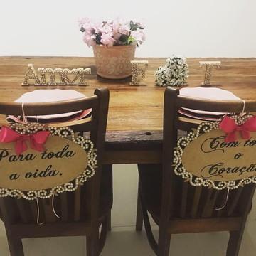Placa Cadeira dos Noivos Pink