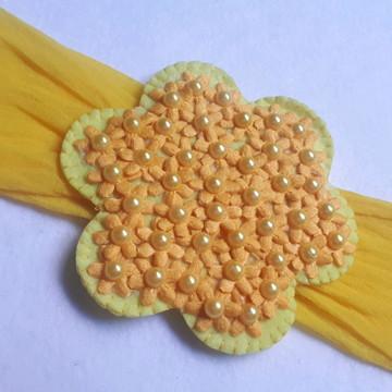 Faixa em meia de seda com flores de margaridas (FRETE 10,00)