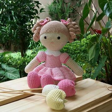 Boneca em Crochê Amigurumi