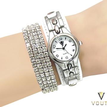 7e3908edac0 Relógio Feminino De Couro Com Bracelete de Strass