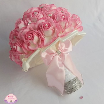 Buquê de noiva Rosa sombreado c/ renda e Strass