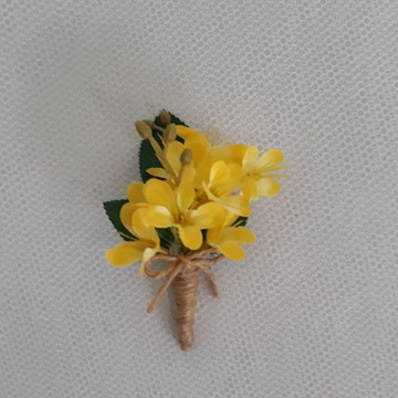 Flor de Lapela de mini lírios