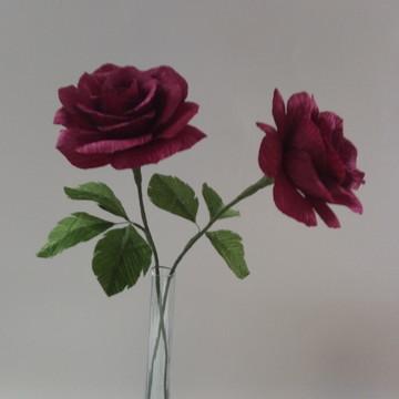 Rosa de papel crepom bordo
