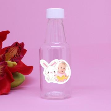 Garrafinha de plástico com adesivo com foto- páscoa