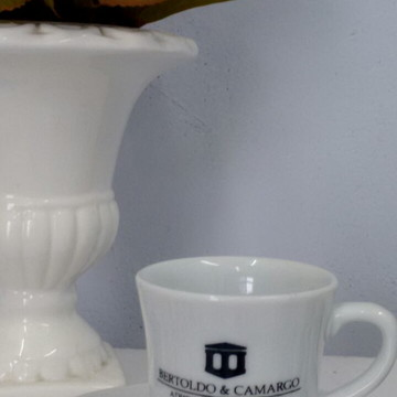 Xícaras de café personalizadas