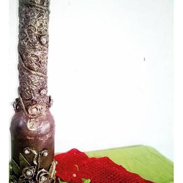 Garrafa decorada e alongado