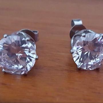 Brinco de Aço com Cristal Transparente