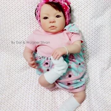 Bebê Reborn Menina Realista Com Chupeta E Um Lindo Enxoval