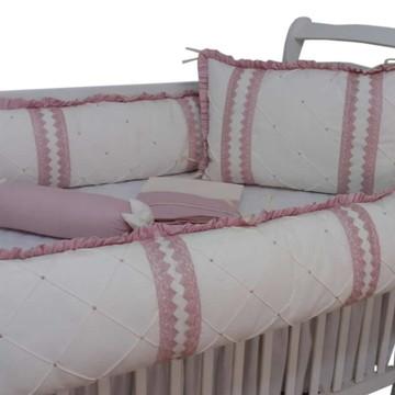 Kit de berço menina rose e marfim detalhes guippir rose