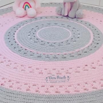 Tapete cinza e rosa bebê