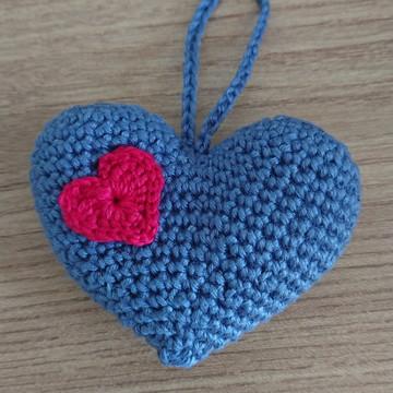 Chaveiro coração amigurumi / crochê - lembrancinha