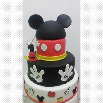 Locaçao de bolo fake Mickey