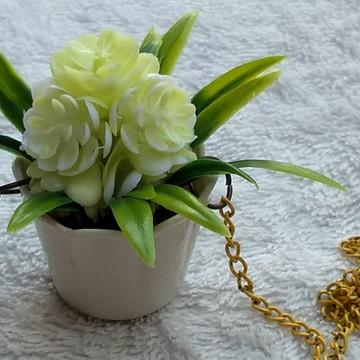 Colar Artesanal Mini Vaso Mini Jardim G1 - Flor Branca