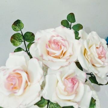 Quatro Rosas de açúcar