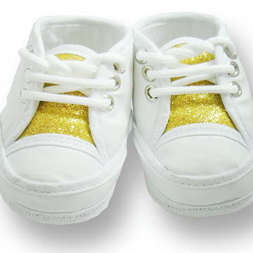 Sapatinho de bebê Tênis Branco e Dourado