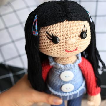Boneca Amigurumi Cabelo Preto