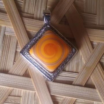 Medalhão Quadrado/Murano Laranja