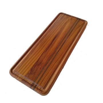 Tábua de corte feita com madeira Teca e Ipê