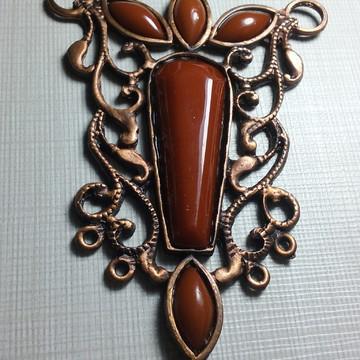 Medalhão Chatton Caramelo/ Bronze.