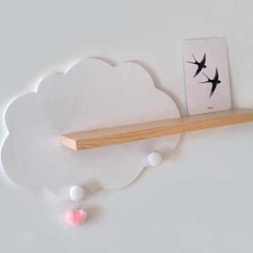 Prateleira nuvem de parede para quarto de bebe