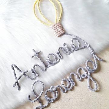Nomes Porta Maternidade em tricotin decoração quarto de bebê