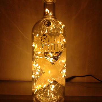 Abajur, Luminária De Garrafa Vodka Absolut Vanilla