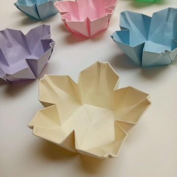Flor de cerejeira | Forminha para doces em Origami