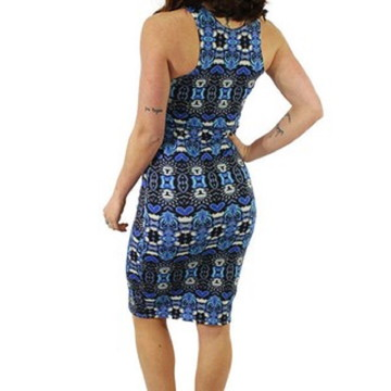 ccb3fc7e1b Vestido Tubinho Midi Estampa Azul