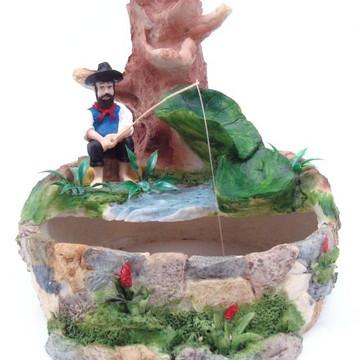 Fonte Pescador feito em Resina