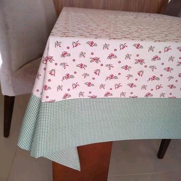 Toalhas de mesa com barrados