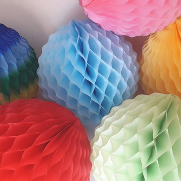 bola de papel 28cm ondulada decoração festas linda cores