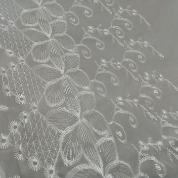 cortina bordada sob medida