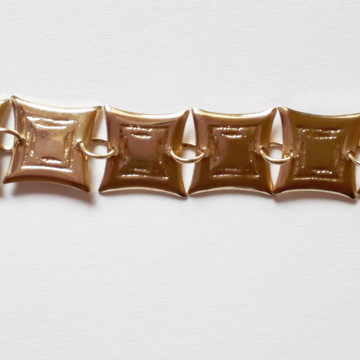 Pulseira com Adorno Quadrado Folheada A Ouro 18k semi joias