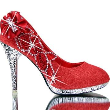 8dc80c907a Sapato de Noiva vermelho guipir personalizado