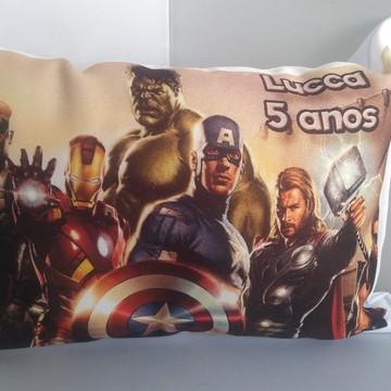 Almofada Personalizada dos Vingadores