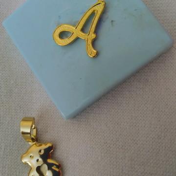 Pingente Ursinho com Caixa Personalizada.
