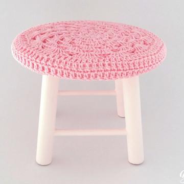 Duas Banquetas de crochê rosa claro