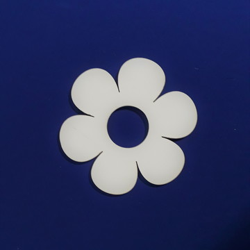 Painel de flor em mdf branco