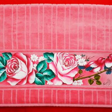 Toalha de banho rosas e pássaros cor rosa escuro