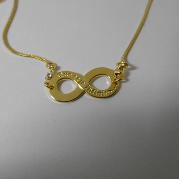 pulseira com pedras e simbolo do infinito folhada a ouro18k