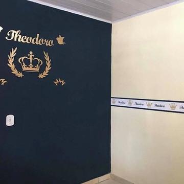 Kit Painel de Parede Príncipe MDF Dourado 8 peças