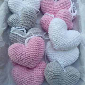 Varal Corações em crochê Rosa bebê, cinza e branco