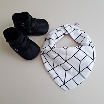 Botinha para bebê+babador bandana