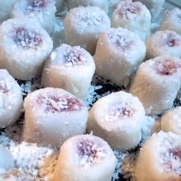 Bala de coco Gourmet recheada - Sabores 500g
